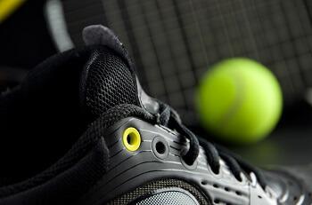 Best Black Tennis Shoes; A Guide for Men & Women